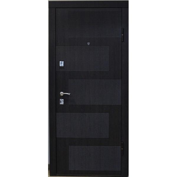 Входная металлическая дверь Венге структурный 818
