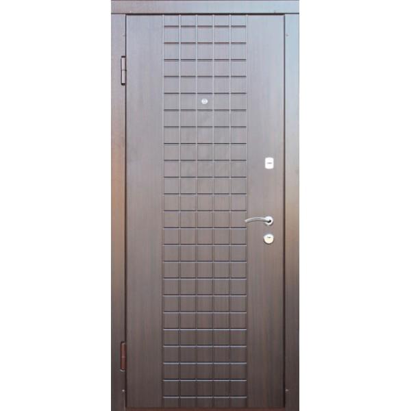 Входная металлическая дверь Латис